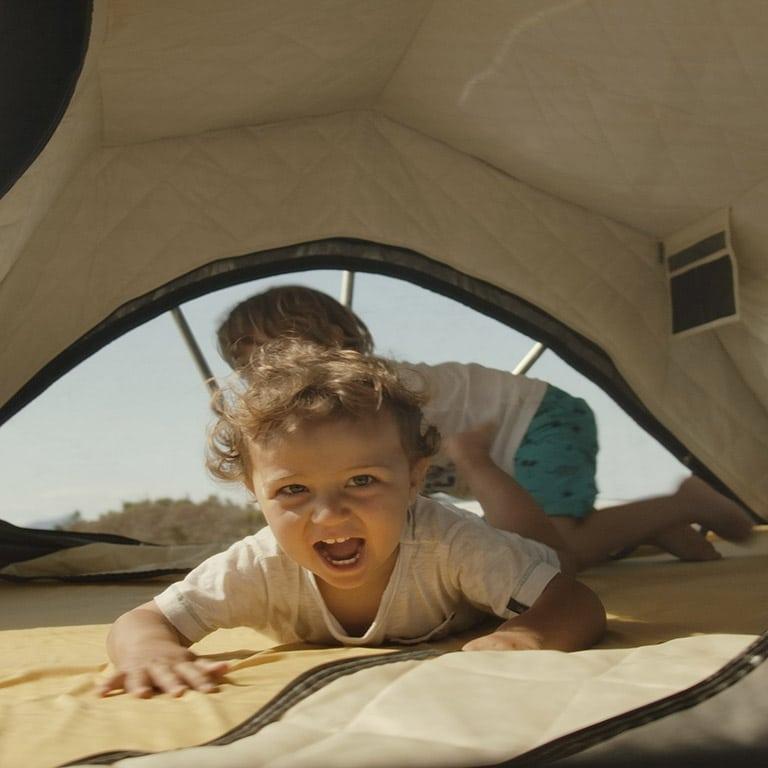 BXF.1 tente de toit voiture 4 places - Intérieur