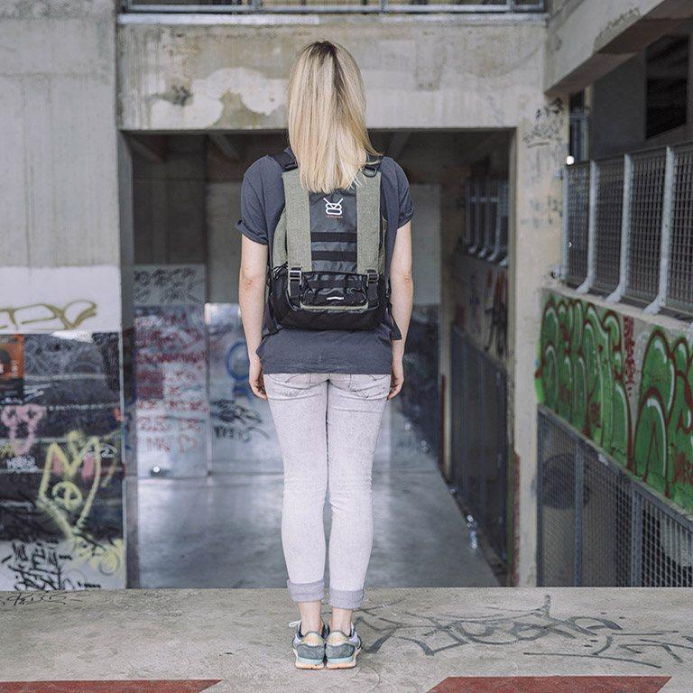 Sac à dos urbain polyvalent - URB 11.1 kaki porté